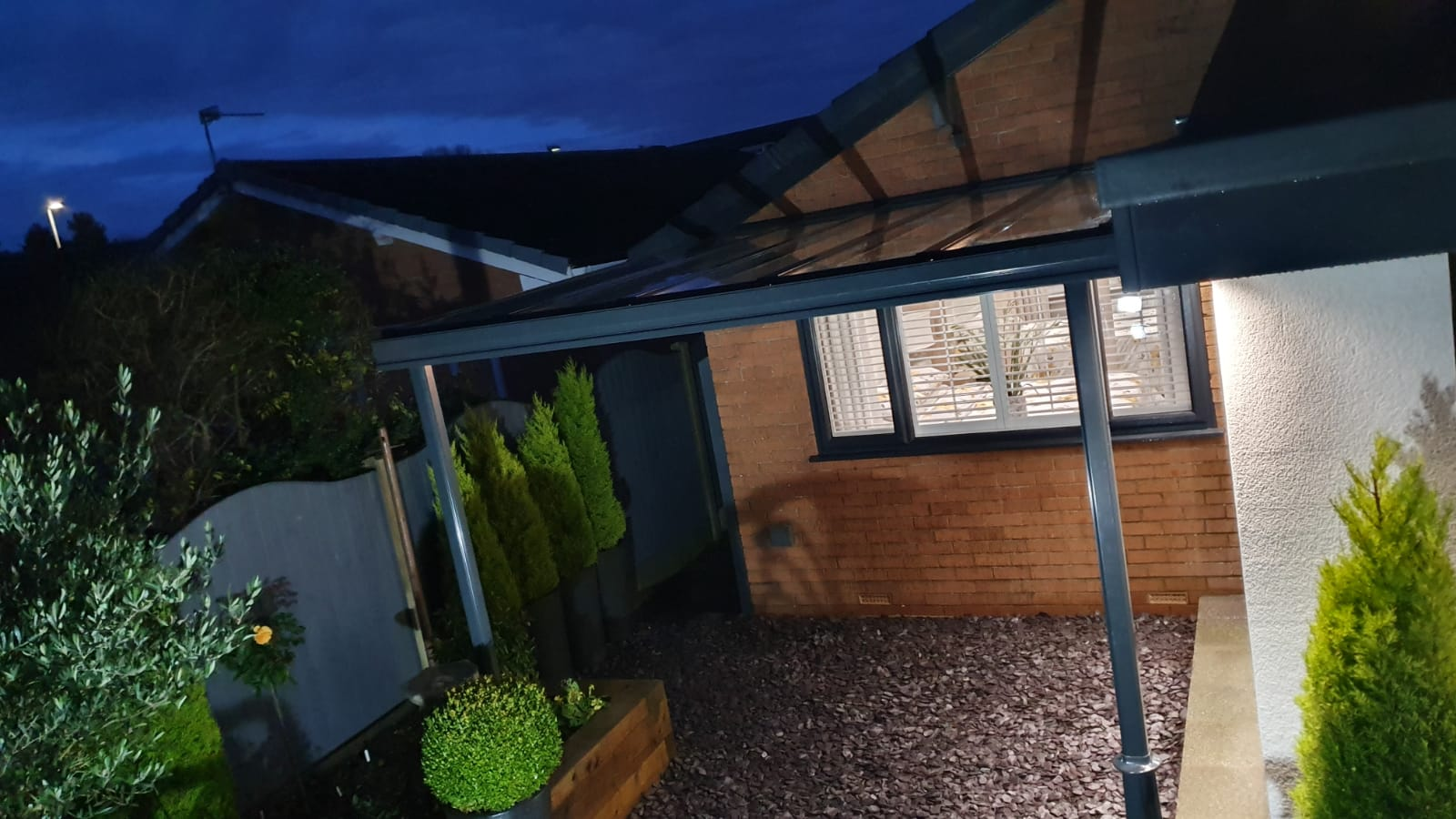 veranda with victorian cast iron feet in anthracite installed in chester by dencas